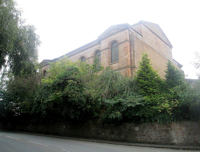 Langside Hill Church from northeast