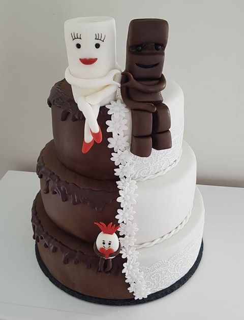 Cake by Nina Rawling