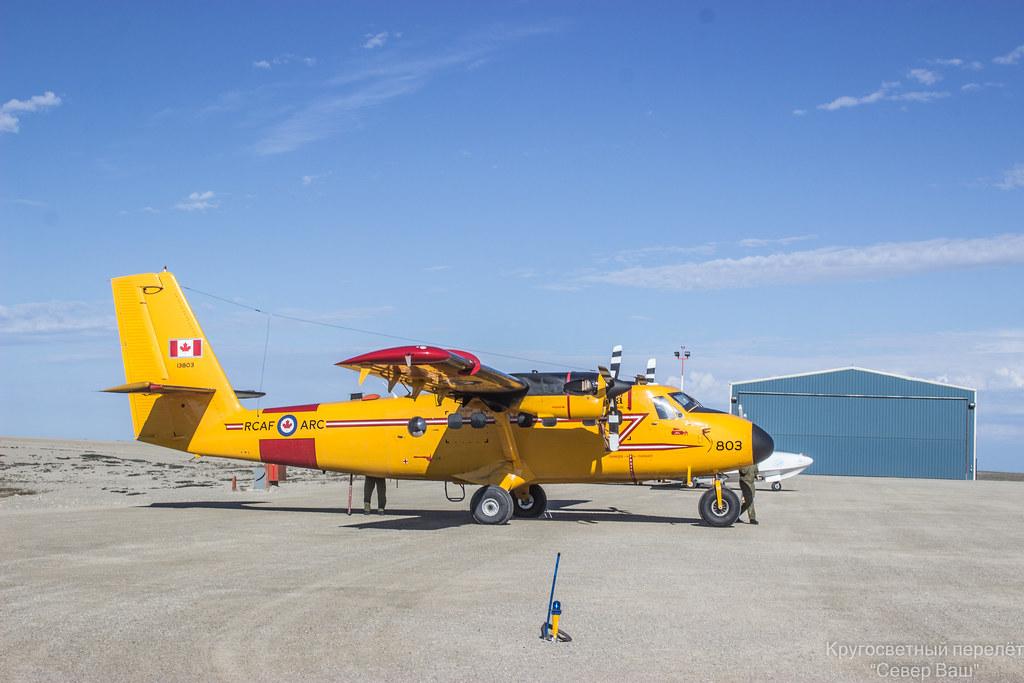 De Havilland Canada DHC-6 Twin Otter - двадцатиместный турбовинтовой пассажирский самолёт с укороченным взлётом и посадкой, разработанный канадским подразделением компании de Havilland. Пригоден для эксплуатации с неподготовленных грунтовых площадок, широко используется на воздушных линиях малой протяжённости, на аэродромах с короткими ВПП, в экспедиционных условиях. Первый самолёт был передан в эксплуатацию в 1966 году. Серийное производство велось компанией de Havilland Canada и продолжалось до 1988 года. В 2007 году производство самолётов было возобновлено канадской авиастроительной компанией Viking Air.