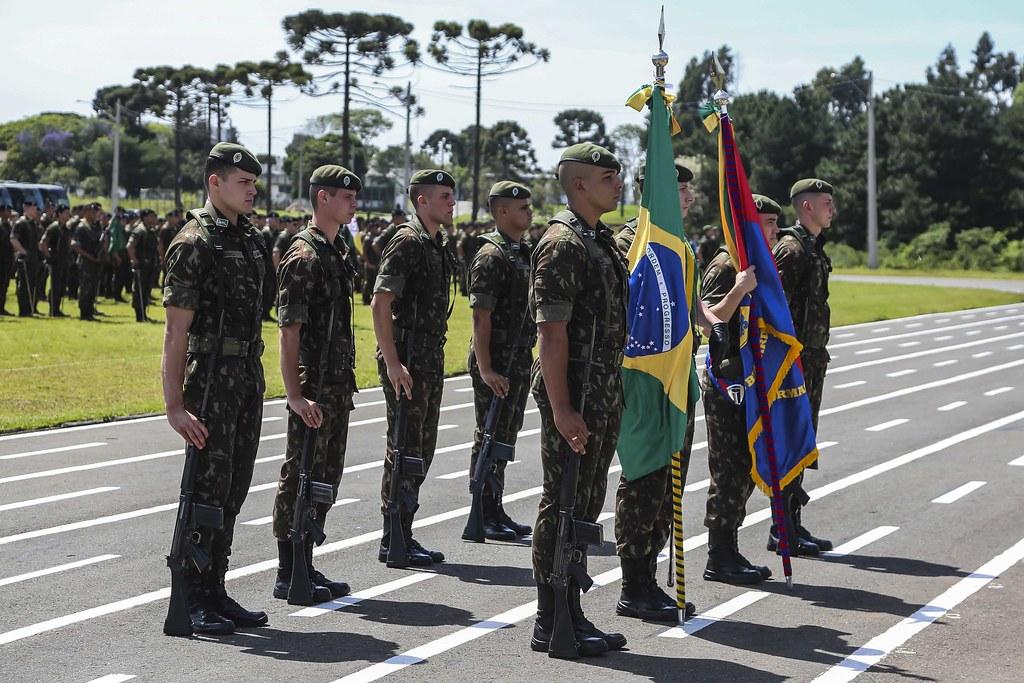 Cerimônia de Passagem de Comando da 5ª Divisão de Exército
