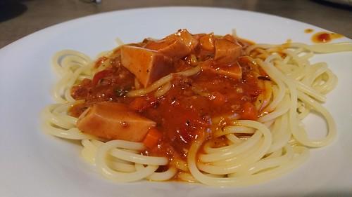 Spagetti mit Fleisch Wurst