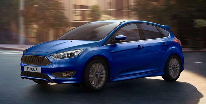 【圖三】11月份入主Ford Focus EcoBoost 180頂級運動型即享首年乙式全險優惠。