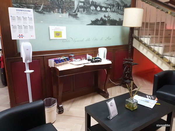 Hotel La Pace beverage station