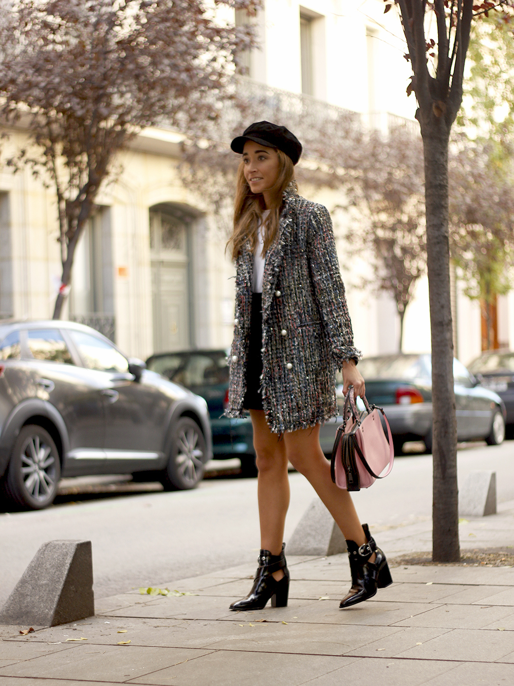 tweed coat black boots pick coach bag street style fall outfit 20185017
