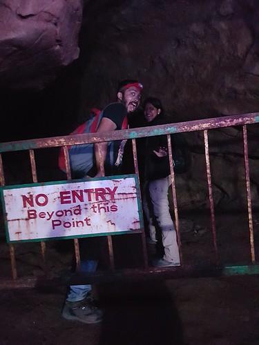 arwah-caves
