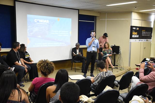 """Seminário """"Vidas Negras: diálogos sobre ações governamentais de enfrentamento à violência contra as juventudes"""""""