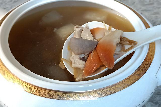 北極貝豬肚湯