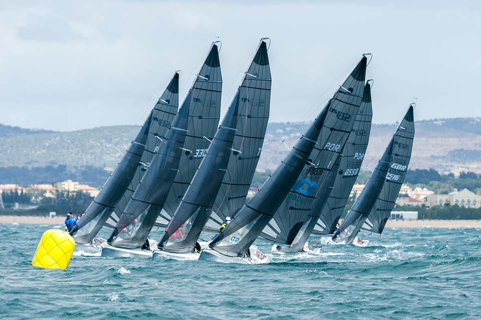 sb20-High-performance-sailing