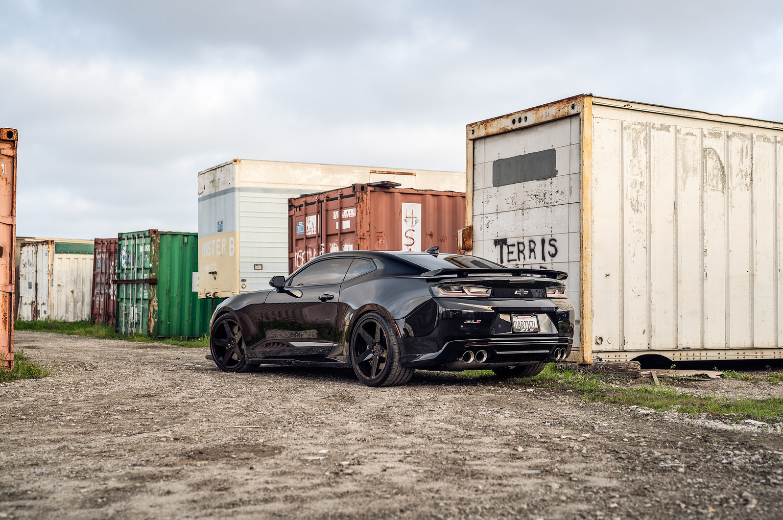 2017_Chevy_Camaro_ZL1_with_Gloss_Black_BD15 (17)