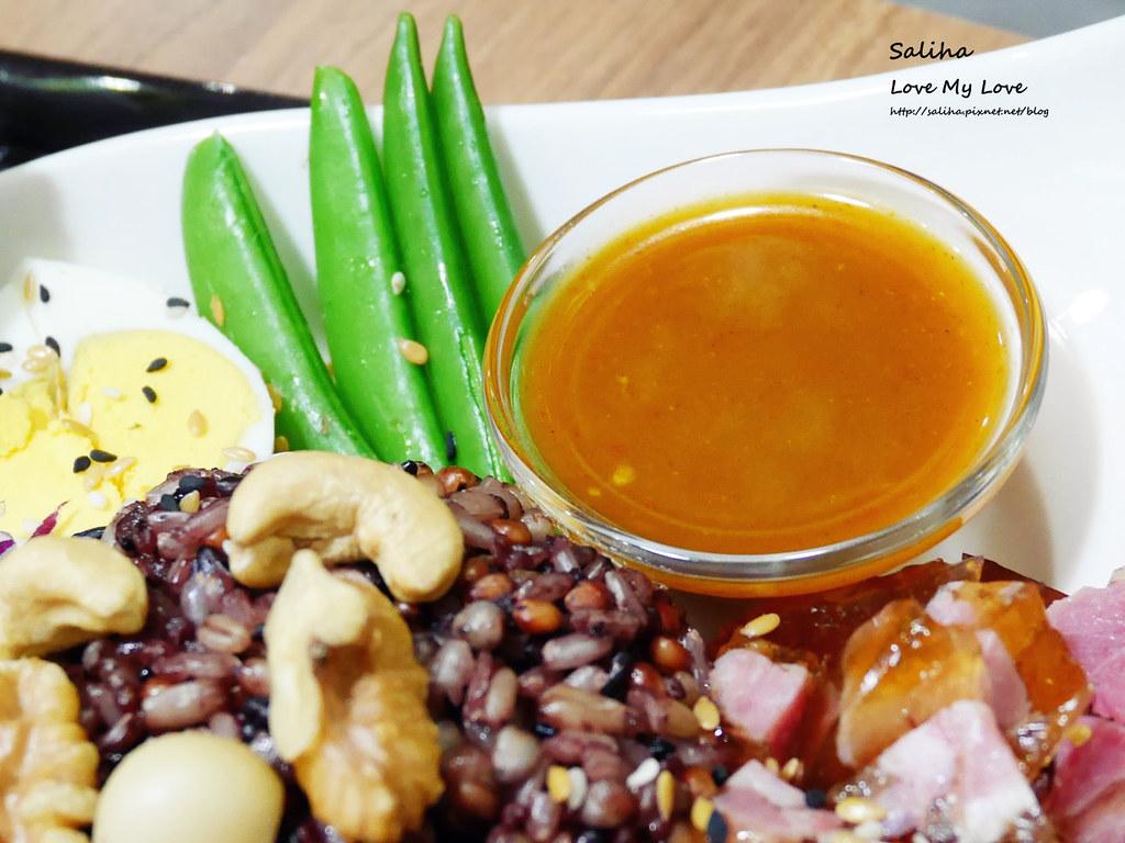 台北松山區民生社區有貓咪不限時餐廳好吃素食輕食早午餐brunch推薦 (9)