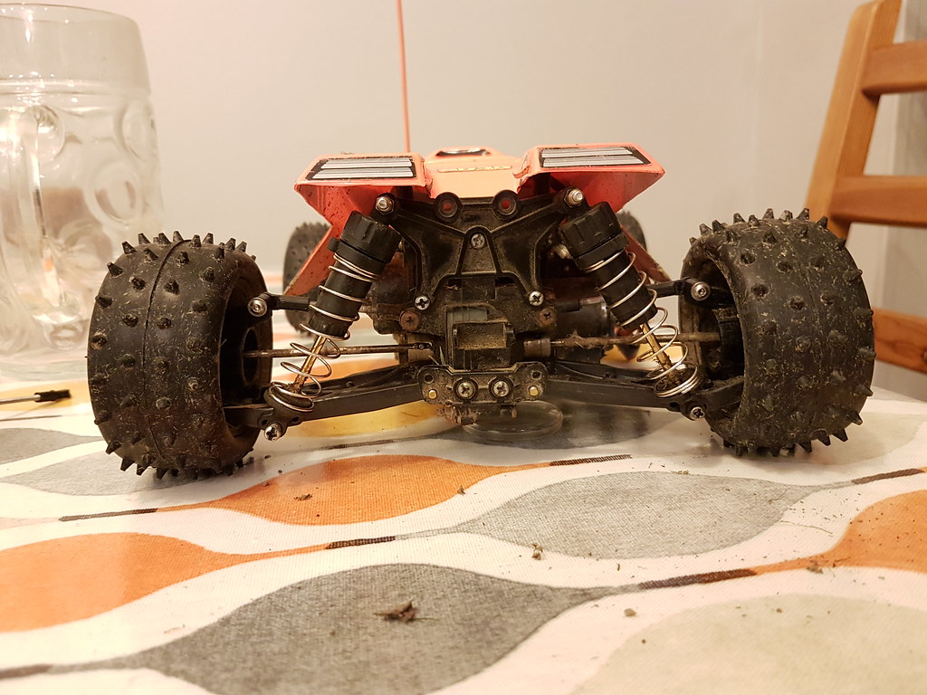 TRF501 DB01 TRF201 rear arms on a Tamiya Thunder Dragon using DT03 hubs.