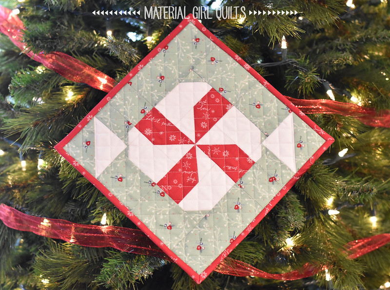 Mint Mini quilt by Amanda Castor of Material Girl Quilts {pattern from Gingerbread Quilt by Burlap and Blossoms in Love Patchwork & Quilting Magazine}