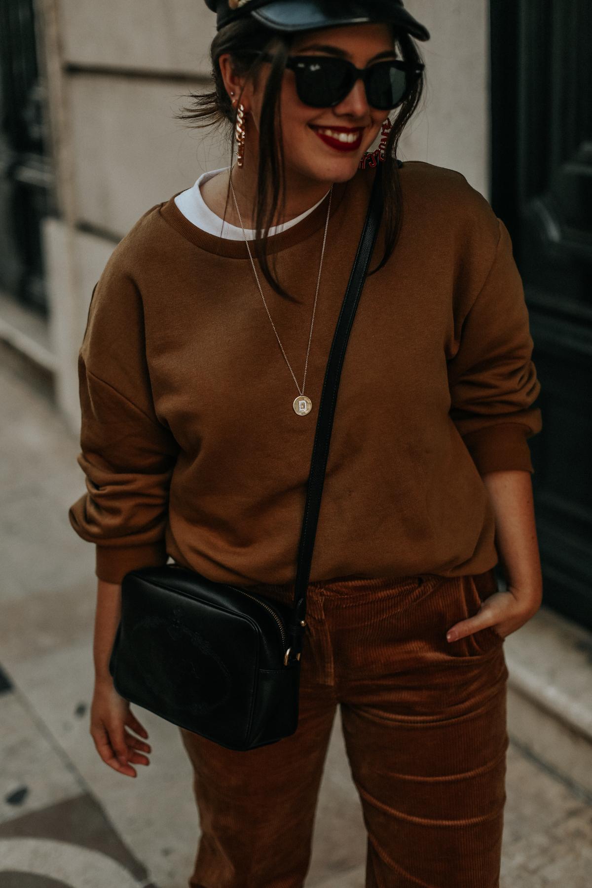 pantalones-de-pana-tendencia-2018-streetstyle-myblueberrynightsblog2