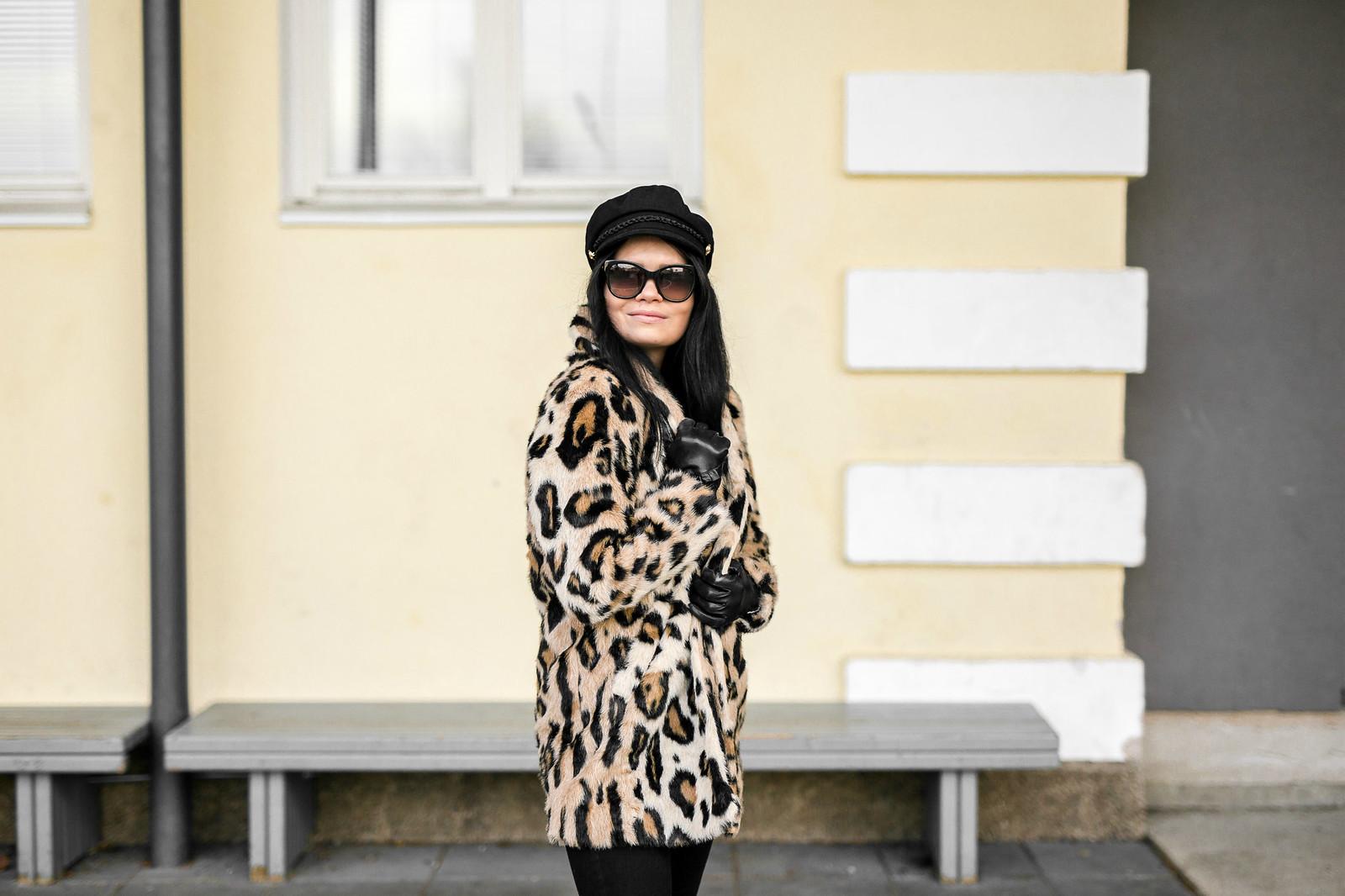 leoparditakki naiset