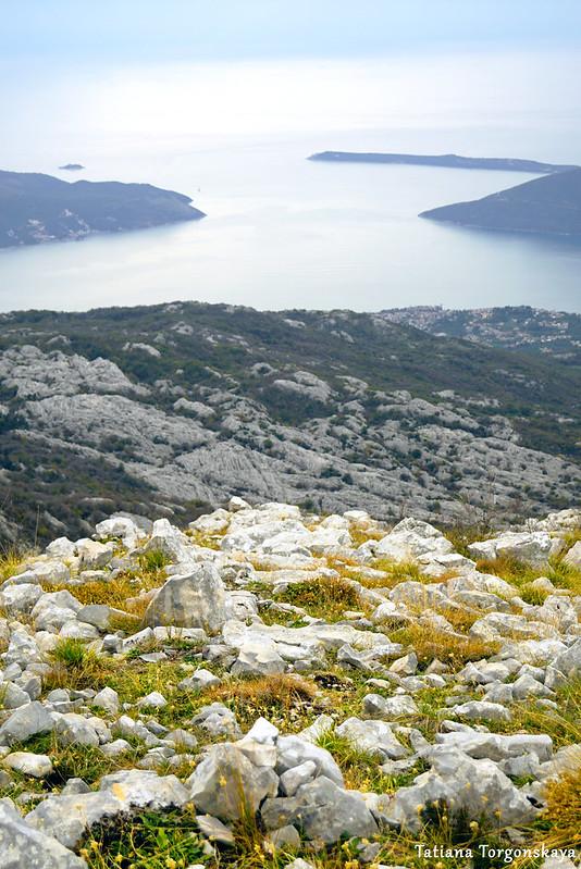 Вид на вход в залив с Каменски Кабао