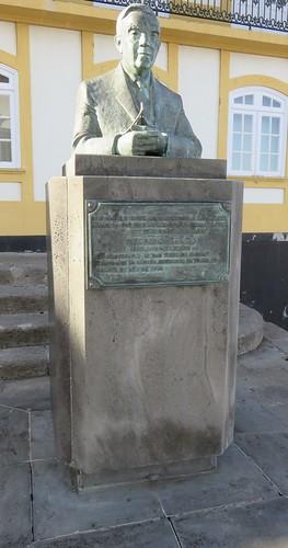 Vitorino Nemésio Monument (Praia da Vitória, Açores)