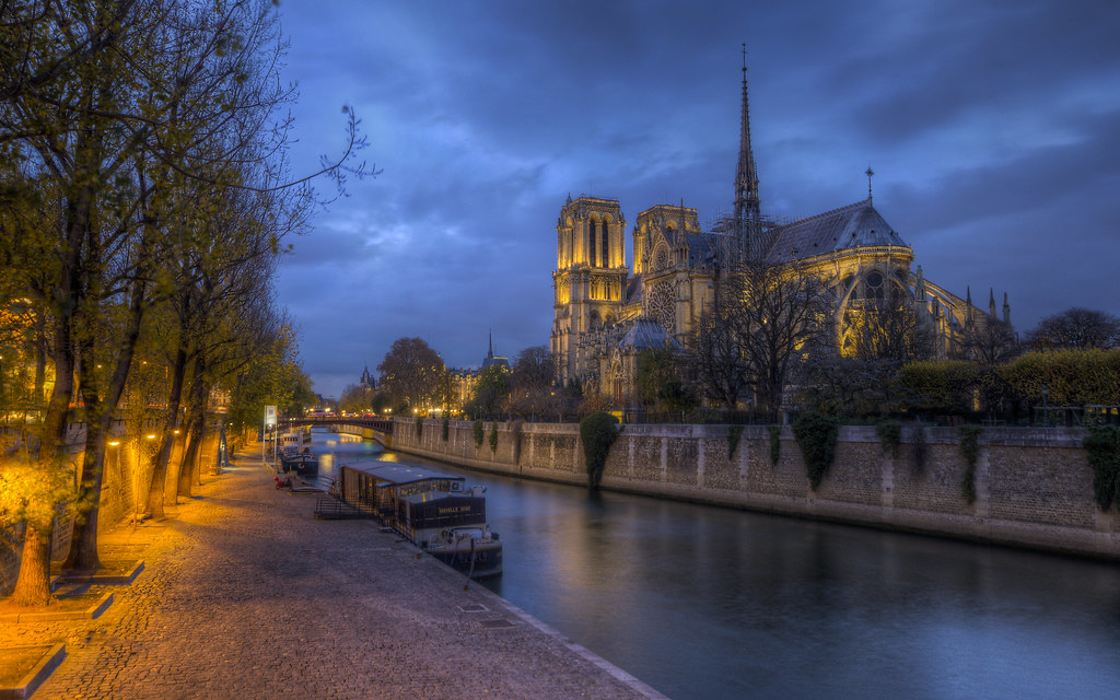 Boats in the Seine Near Notre Dame