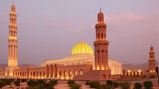 949 Top 12 Most Beautiful Mosques in Middle East 05