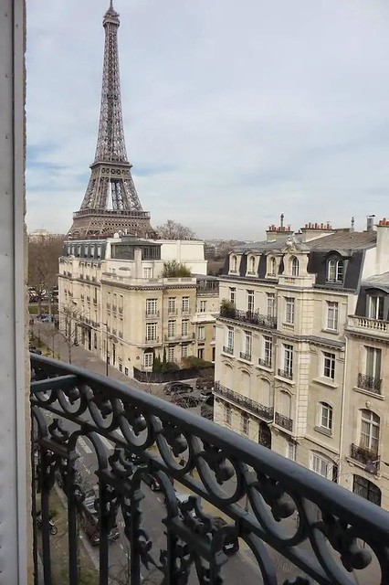 Spacious and luxurious - Amazing Eiffel tower view