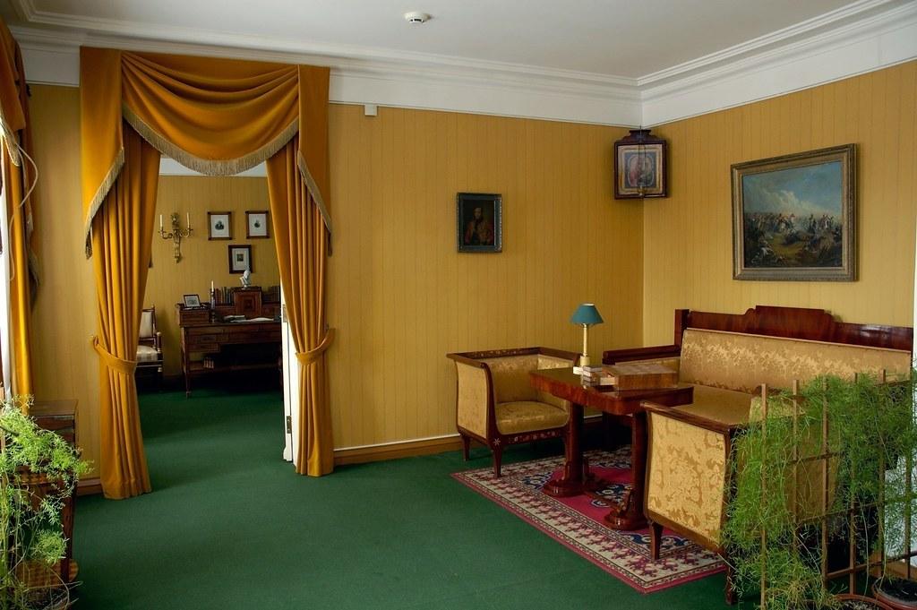 Комнаты барского дома