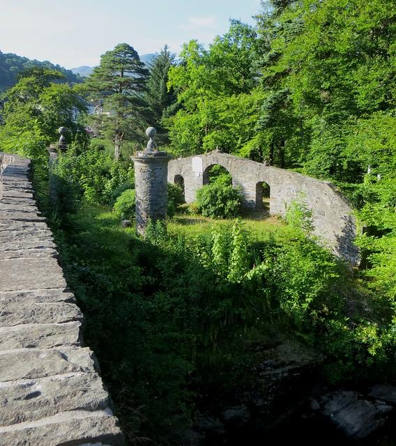 Pont sur la rivière  Dochart, Killin, Stirlingshire, Ecosse, Royaume-Uni.