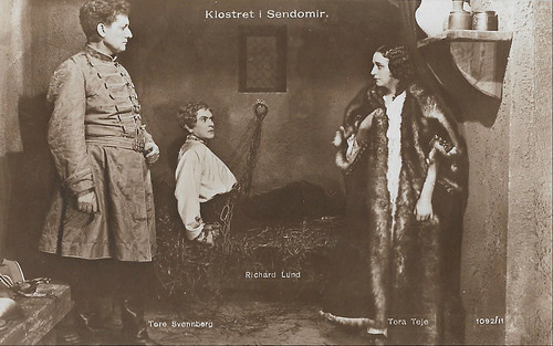 Tore Svennberg, Richard Lund and Tora Teje in Klostret i Sendomir (1920)