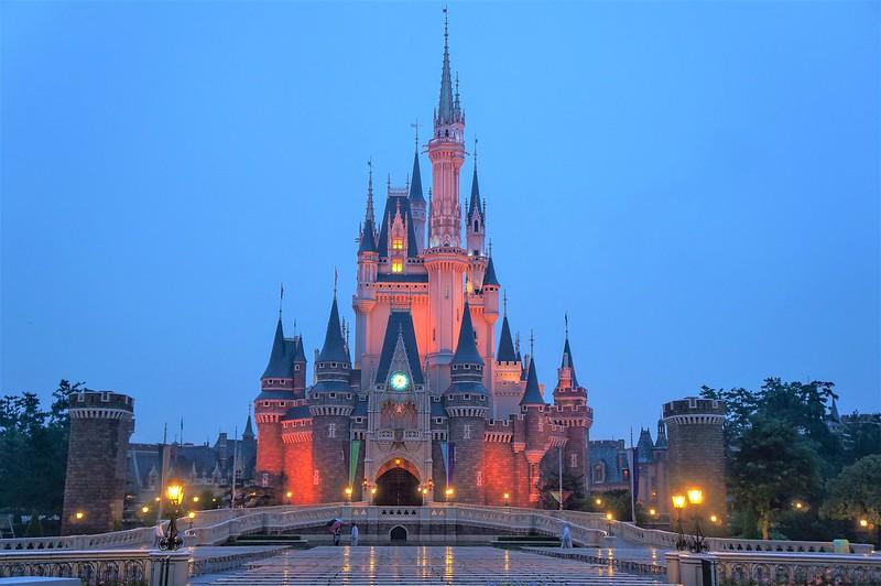 Tokyo Disneyland Main Lightroom-1