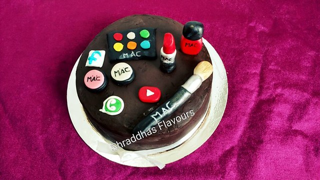 Cake by Shraddhas Flavours