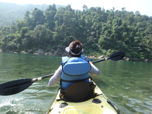 shnongpdeng-kayaking-1