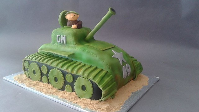 Tank Cake by It's the Icing on the Cake