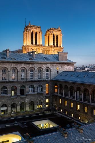 Hôtel-Dieu & Cathédrale Notre-Dame de Paris