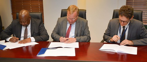 OECD, SARS and National Treasury continue partnership to strengthen tax co-operation
