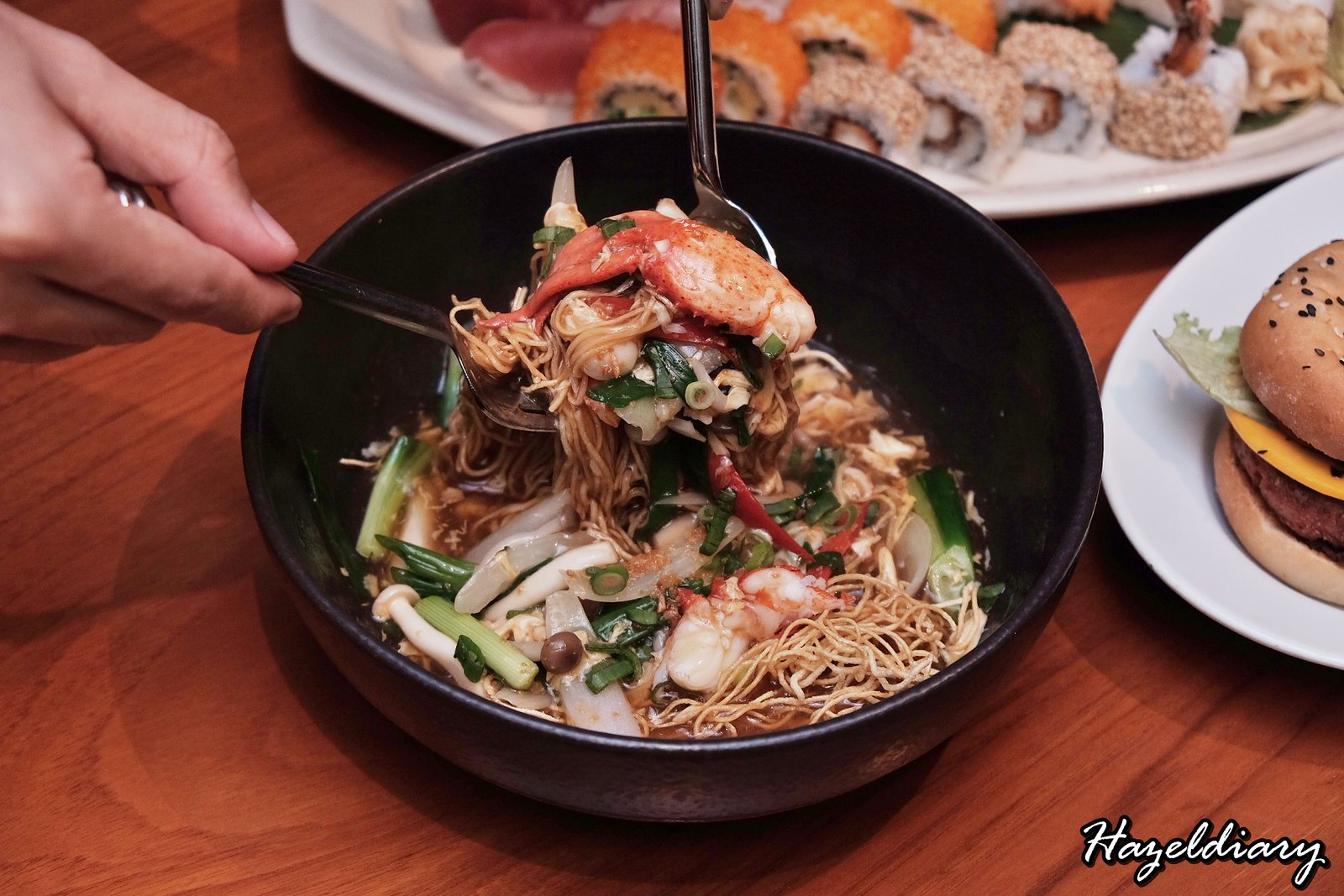 Mezza9 Grand Hyatt Singapore-Wok-fried Noodles with Maine Lobster-1