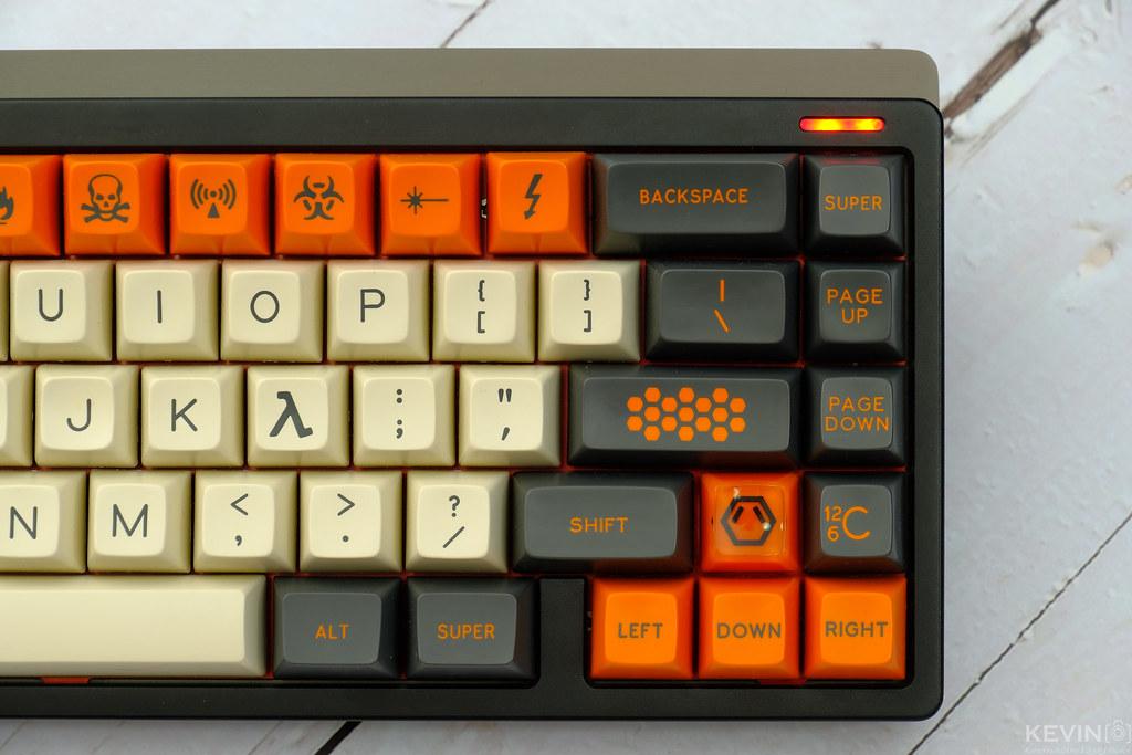 [K]客製化鍵盤套件開箱 ft. SP SA高度 Carbon鍵帽