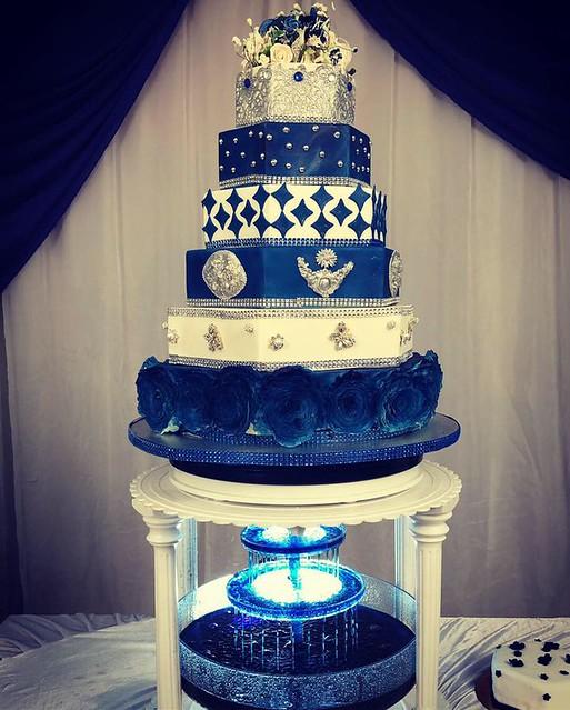 Cake by Usha Cake France