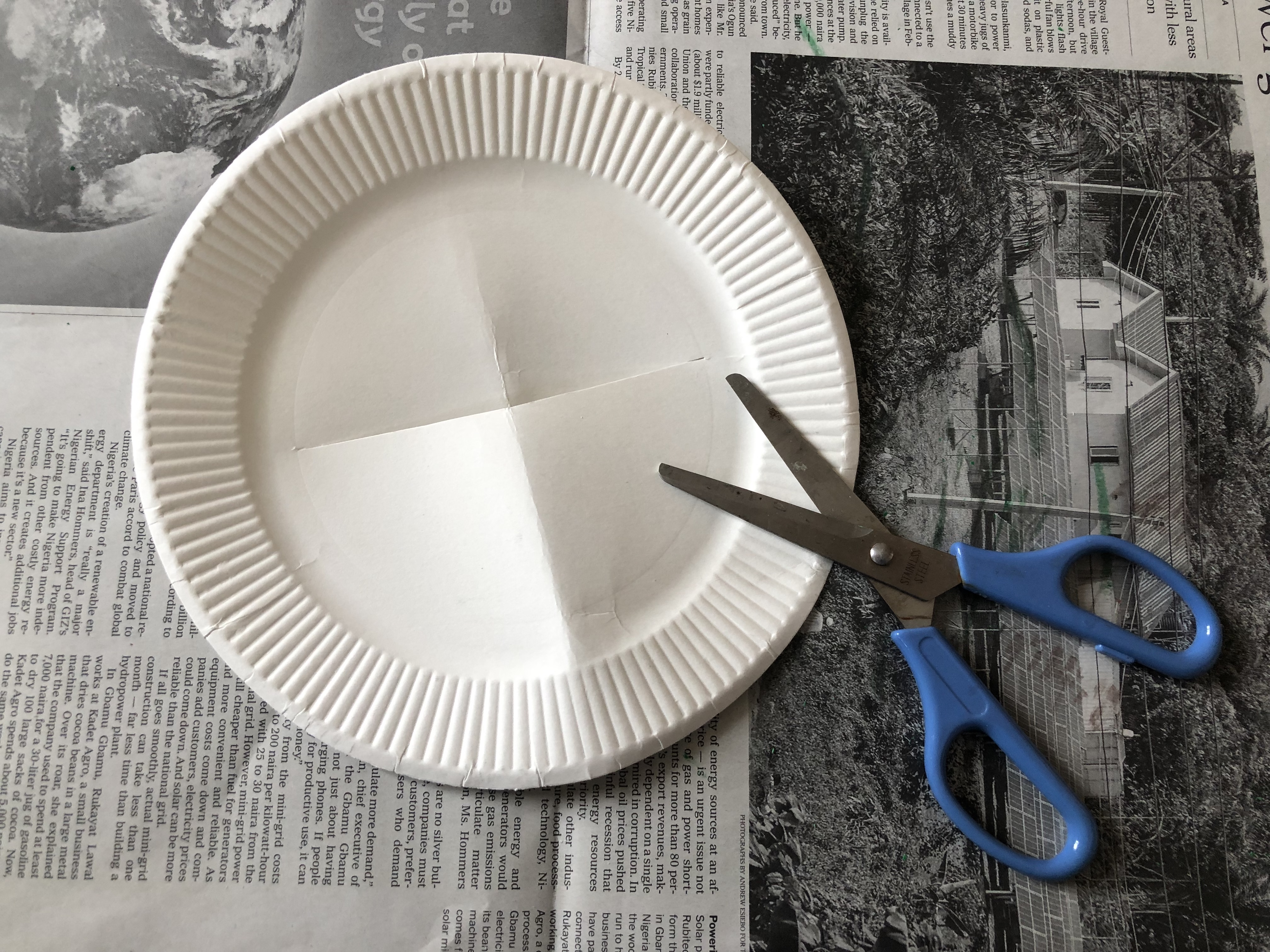 Paper Plate Christmas Crafts! | CareFinder