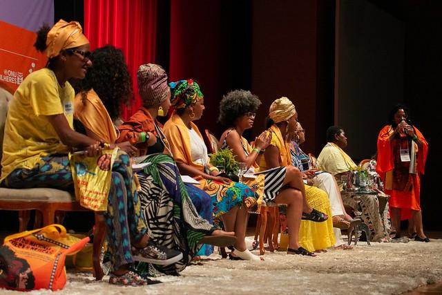 ONU Mulheres participa do Encontro Nacional de Mulheres Negras 30 anos/onu mulheres ods noticias mulheres quilombolas mulheres negras direitosdasmulheres decada afro brasil 50 50