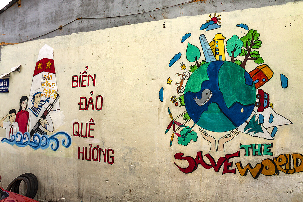 SAVE THE WORLD in District 10--Saigon