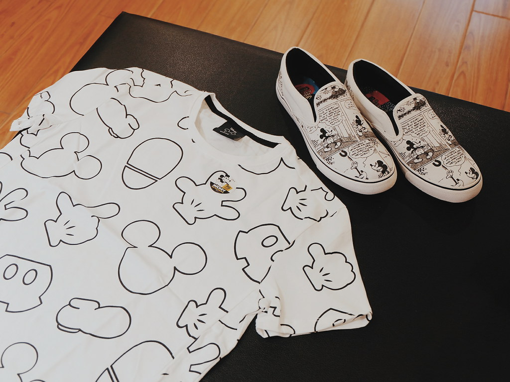 Mickey Mouse Shoes  x World Balance