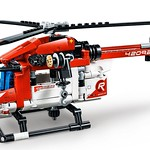LEGO Technic 42092 Rescue Helicopter 4