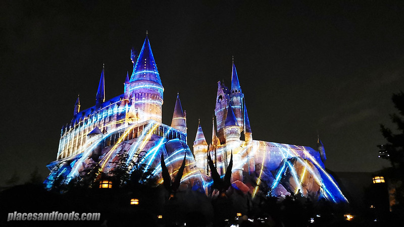Universal Studios Japan Harry Potter Hogswarts Magical Nights Winter lights