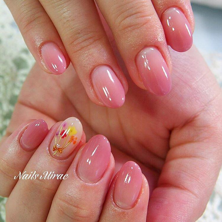 ♥ 漸層指甲的魅力!指上淡淡的暈開 9