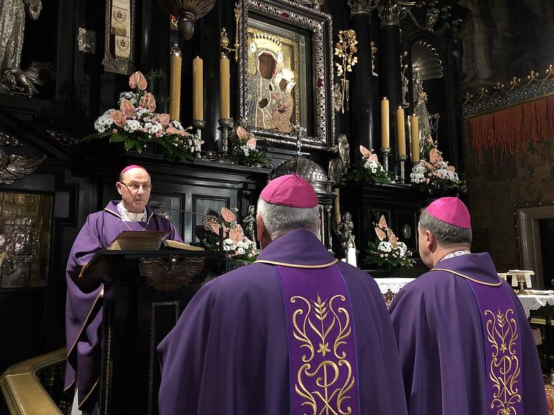 Msza Święta - Rekolekcje Biskupów 22 XI 2018 r.