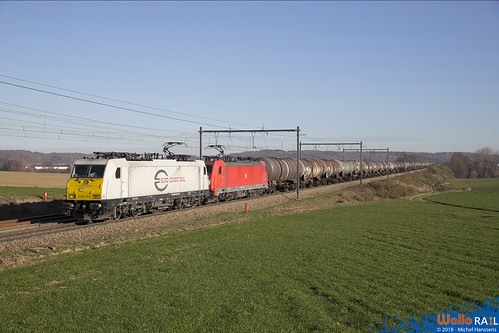 186 319+338 DB Cargo . E 47068 . Berneau . 23.11.18.