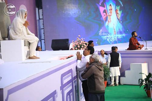 Delegates seeking blessings