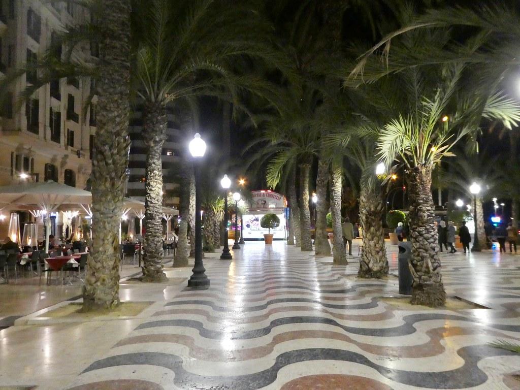 Esplanade, Alicante