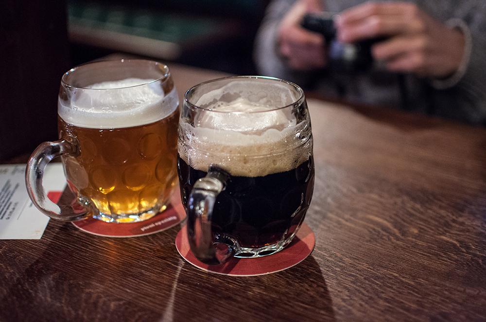 Мэр Красноярска обсудил проблемы за кружкой пива