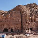 Afbeelding van Palace Tomb. petra jordanië المملكةالأردنيةالهاشمية jordan raqmu البتراء لواءالبتراء maangovernorate jo