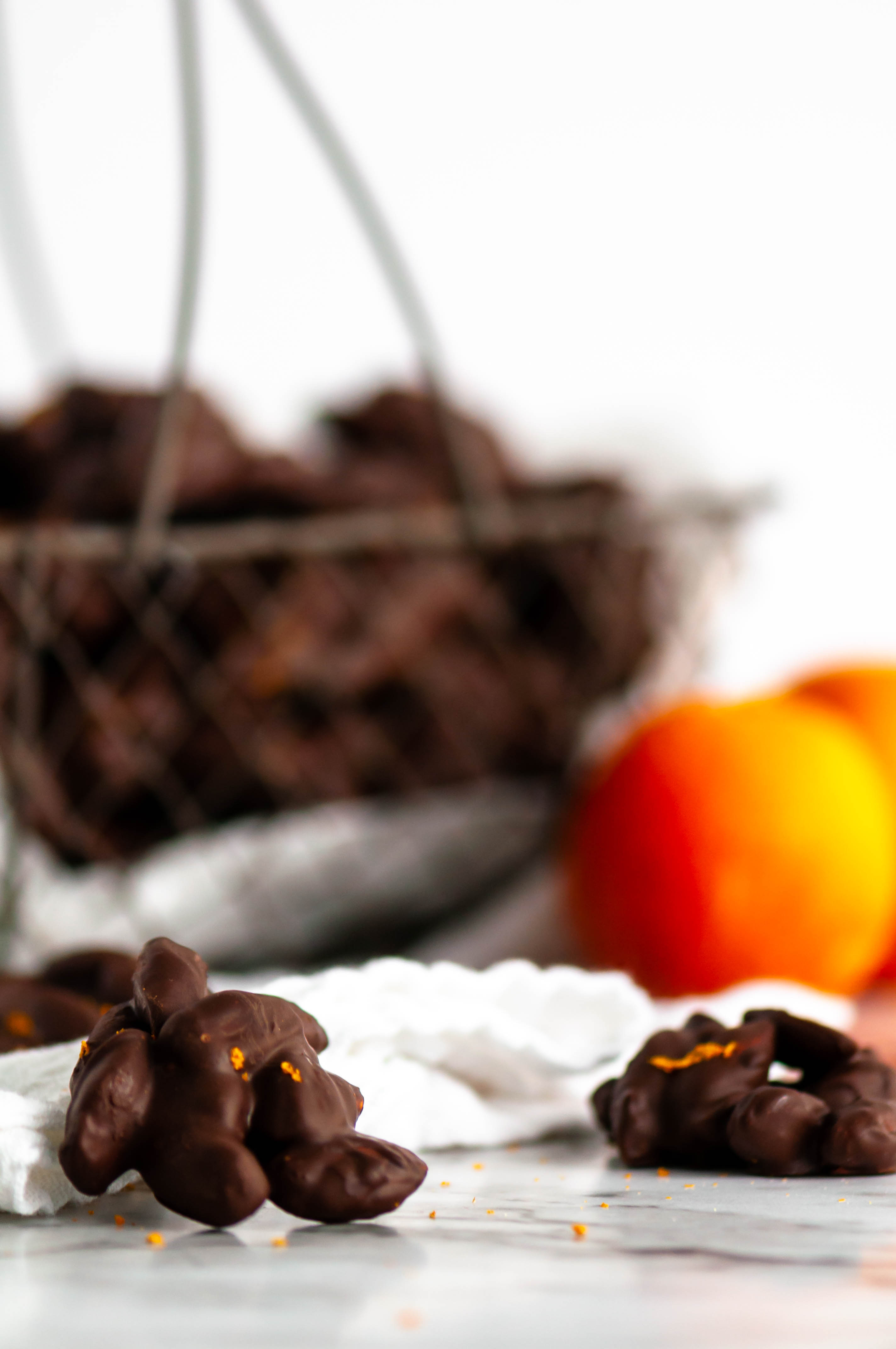 These Blood Orange Chocolate Almond Clusters make an amazingly simple & flavorful Valentines day treat. Dark chocolate, sweet orange zest & crunchy almonds.