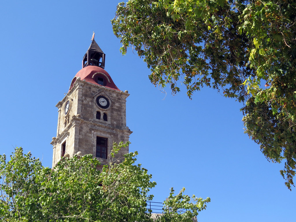 Башня с часами 2